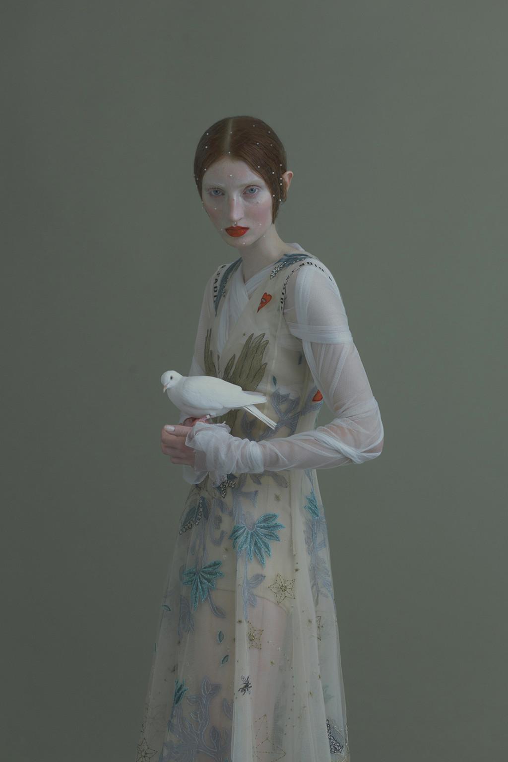 evelyn bencicova Dior